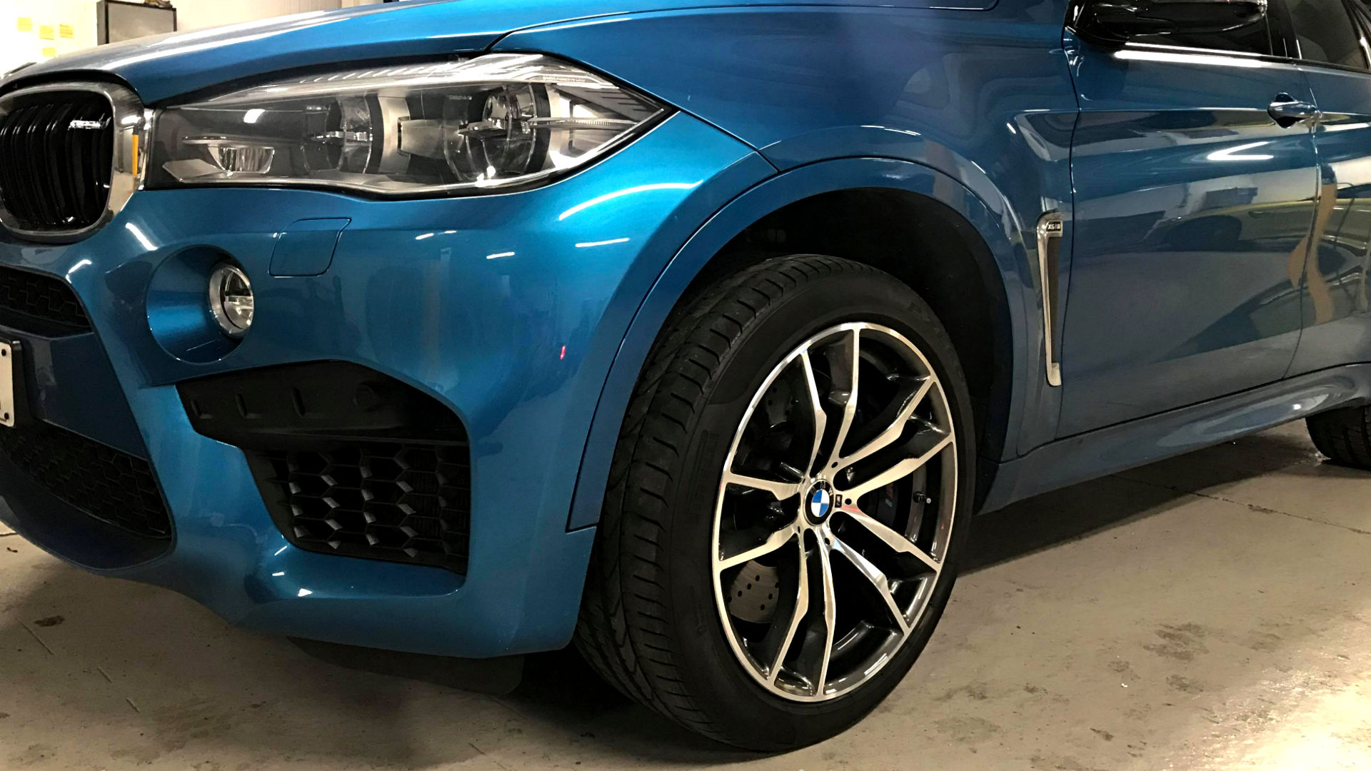 Our main goal is alloy wheels performance and quality. We have a straightening machine to get your wheels to factory specifications.